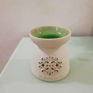 Essential oil burner / Oil burner