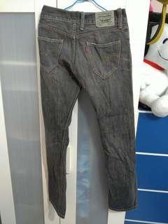 🚚 Lives刷色牛仔褲,有穿過,30腰,好搭好看