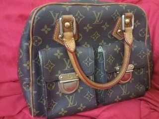 Lv bag pm size urgent sale
