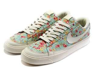 5.5 - 6 | Authentic Nike Low Blazer Floral
