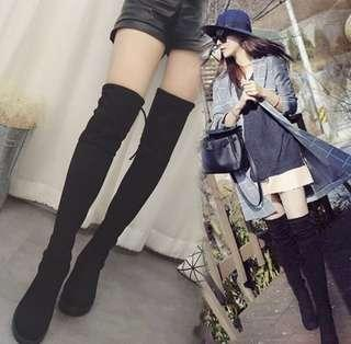 HIGH KNEE BOOTS ; brand new
