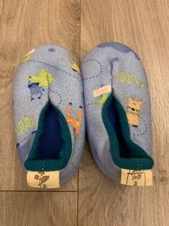 🚚 幼兒室內鞋