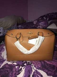 Coach mini bennet (nwt)