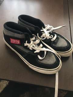 de3762bb72 2 days ago · Vans Shoes