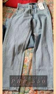 ZARA OVERRUN MOM JEANS (SIZES: 26, 28, 29 and 30)