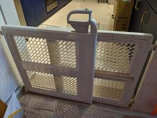 Safety 1st Baby / Small Animal Gate