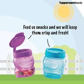 Tupperware Penguin Snack Cup