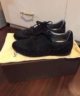 Original LV shoes for men