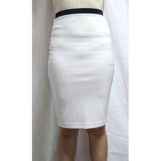 Forever 21 off-white bodycon skirt