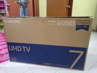 Samsung ULTRA HD 4K RESOLUTION SMART TV DVB-T2