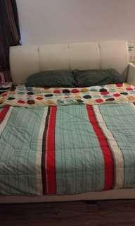 King Size bed wt mattress in good condition