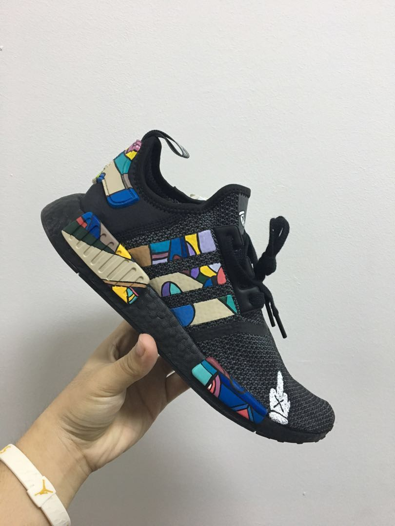 54bf0e7354b05 Adidas NMD R1 x Kaws Customs
