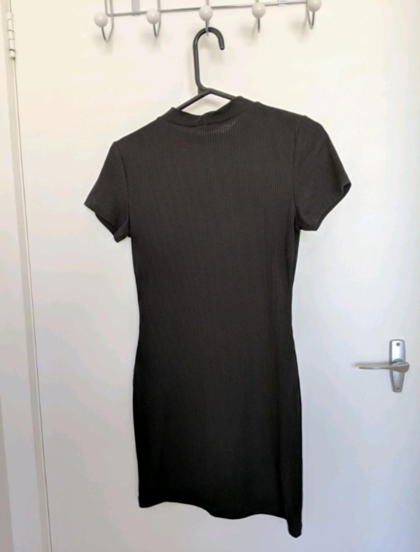 BNWT - PARE Basic - Mock Tshirt Dress in Black Size 8/Small