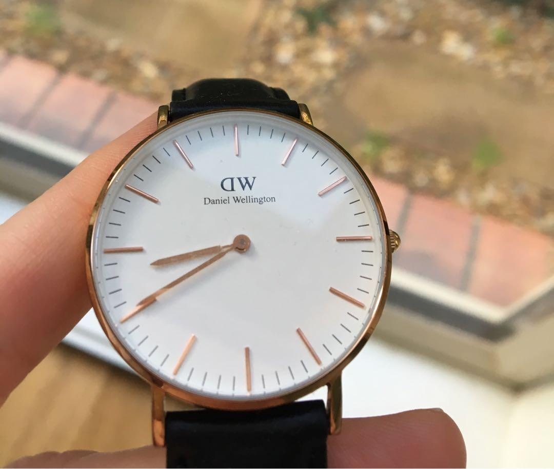 Daniel Wellington classic watch (with extra strap)