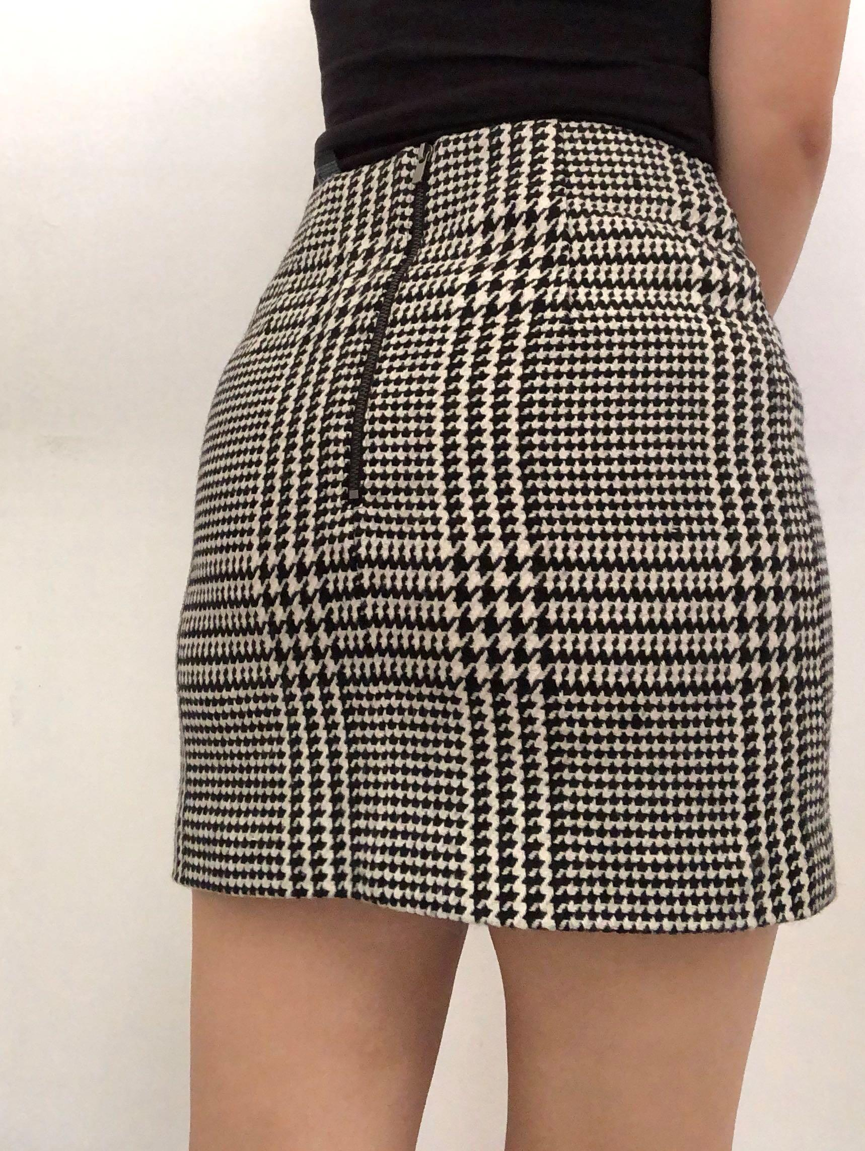 H&M Dogtooth Pattern High Waisted Mini Skirt Size 6