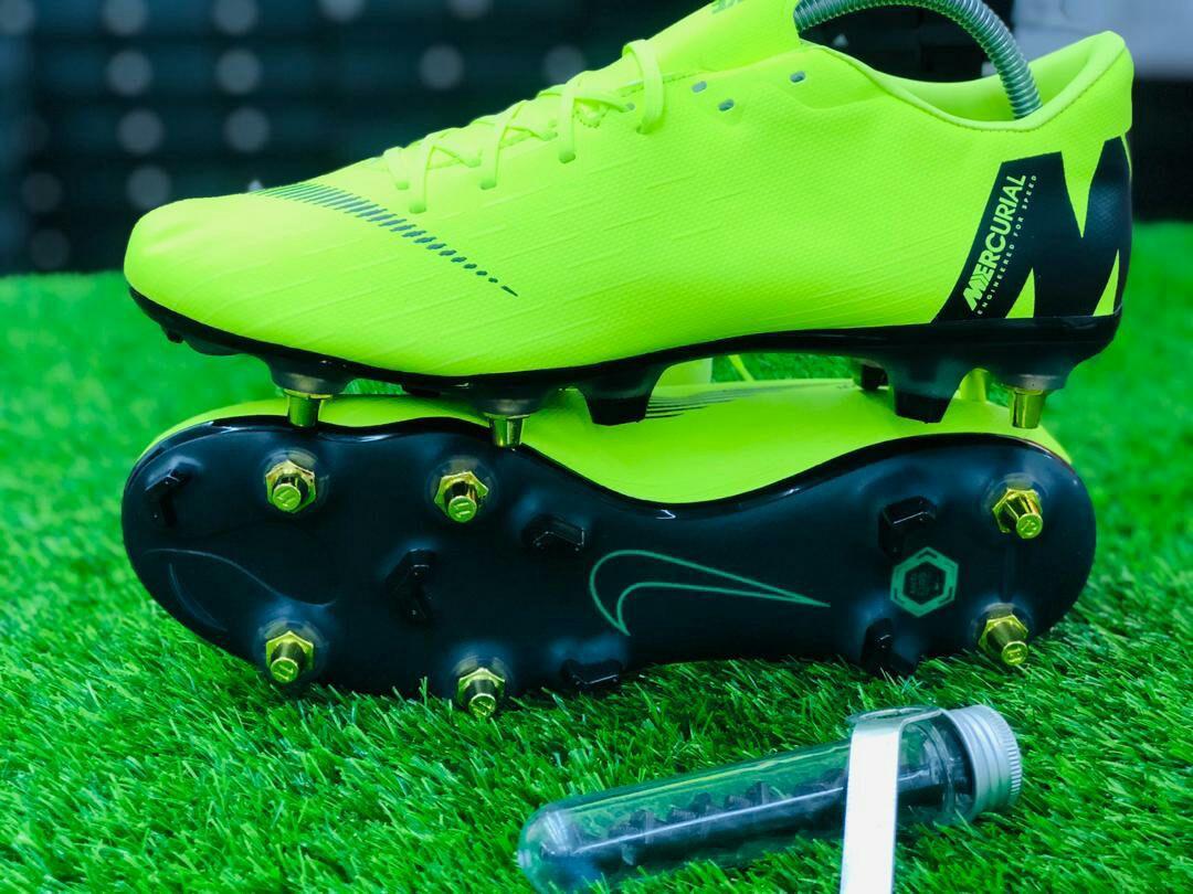 e37063d6e4a Kasut Bola Nike Mix Stud