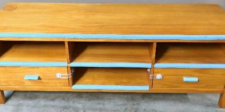 Near New Solid Wood TV Unit Drawer Coffee Table Bench Gr8 Bargain
