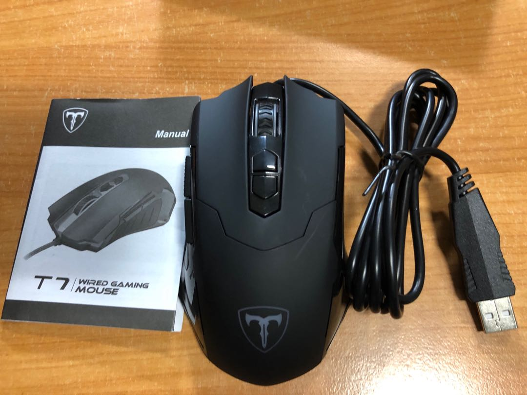 fc1510ce695 PICTEK T7 WIRED GAMING MOUSE, Electronics, Others on Carousell
