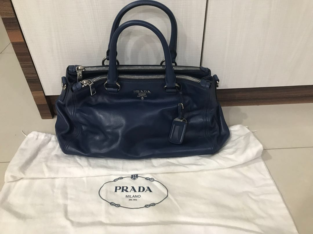 38405b7e590065 Prada Leather Bag Authentic with certificate card, Luxury, Bags ...