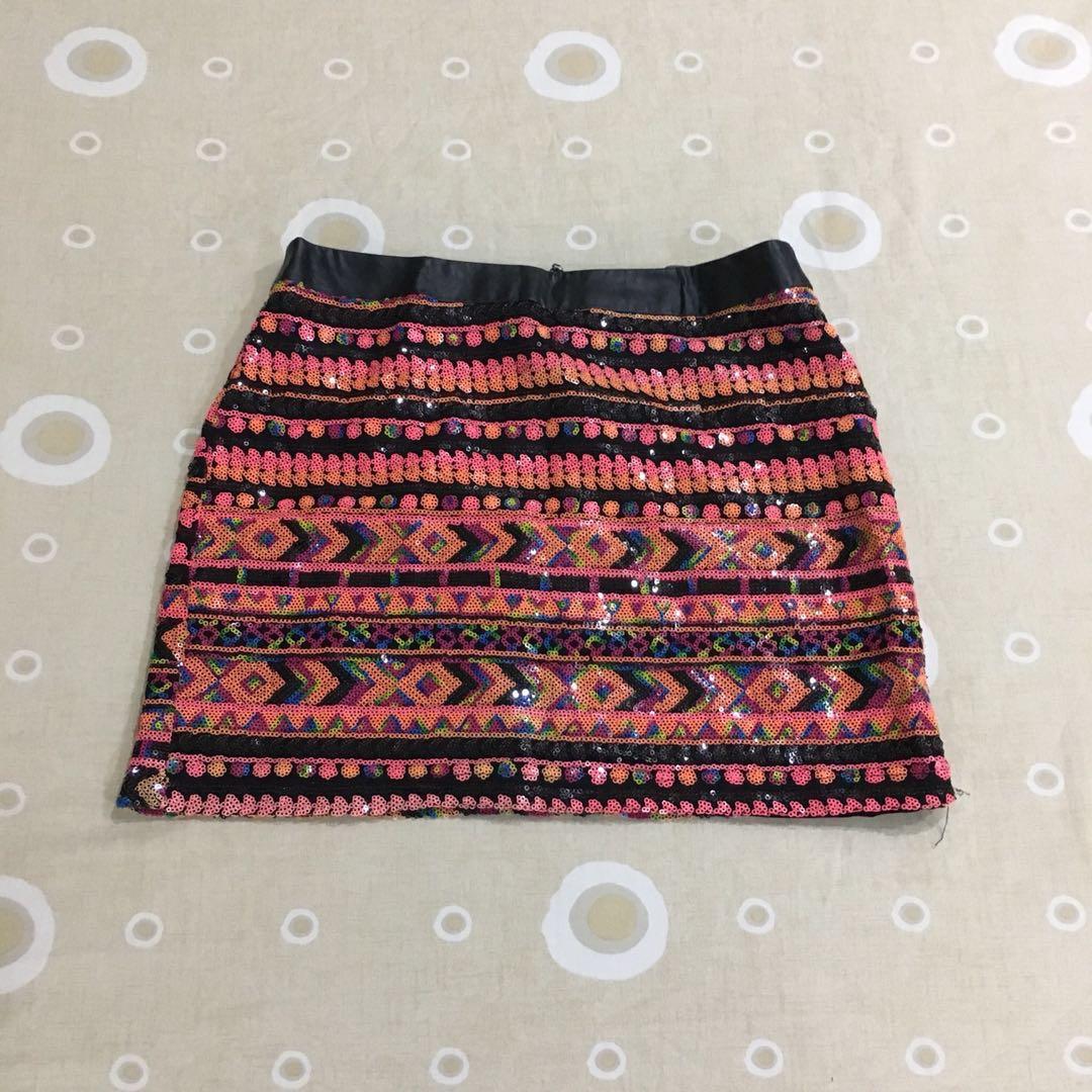 5fb8d72889 [Preloved] Forever 21 Contemporary Sequin Mini Skirt, Fesyen Wanita,  Pakaian, Bottoms di Carousell