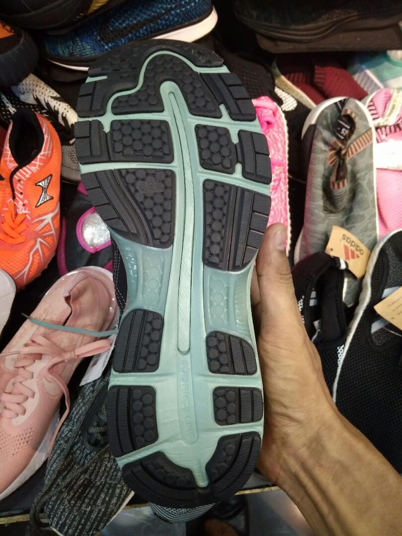 Sepatu Asics Gel lyte III Volly Low