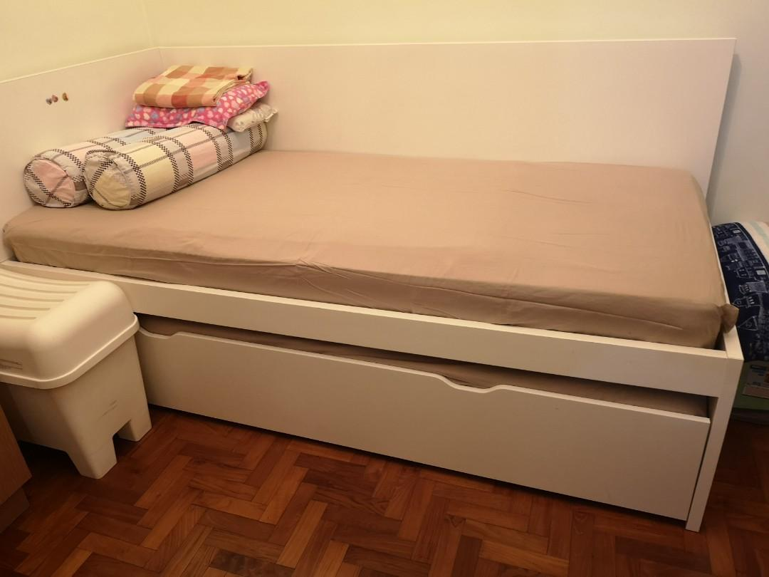 Picture of: Space Saving Double Single Beds New Condition To Sell Furniture Beds Mattresses On Carousell