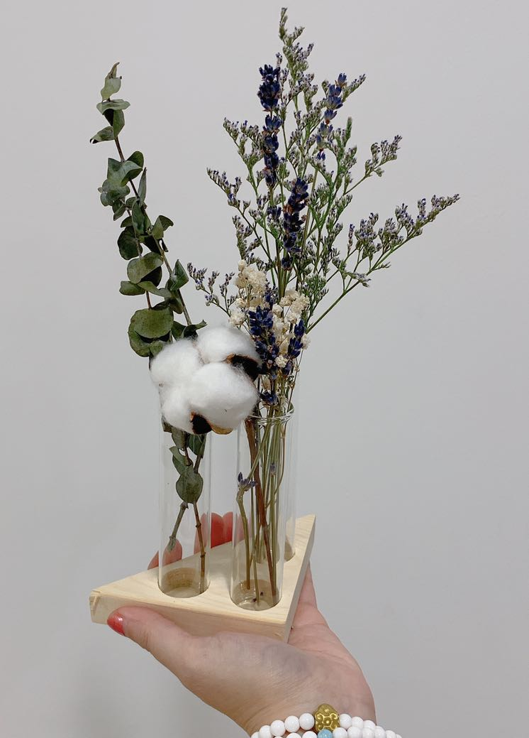 photo photo ... & Test tube vase with flowers Gardening Flowers \u0026 Bouquets on Carousell
