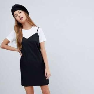 🚚 black cami dress with white crop top