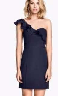 🚚 H&M dress ( Size S) Brand New without Tag