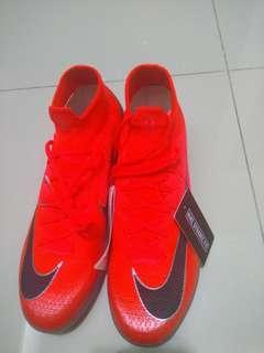 Reprice Nike Mercurial CR7 FLYKNITE