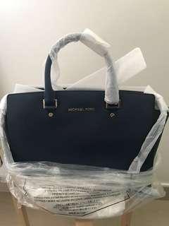 Michael kors brand new navy handbag