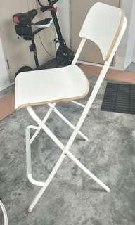 High chair (Almost new)