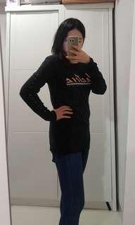 Black Sweater Street Style