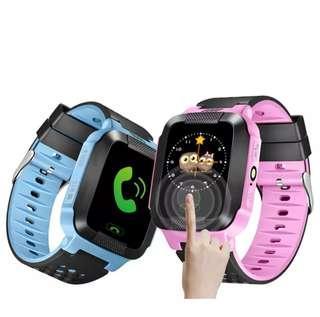 Kids smartwatch gps tracker.alat pelacak lokasi anak