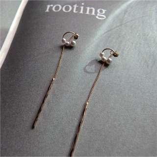 兩戴14k包金c形珍珠耳線耳環