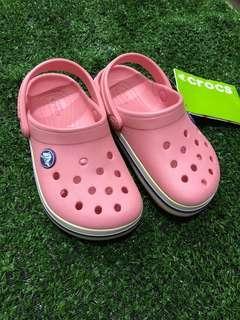 🚚 Crocs Size 9
