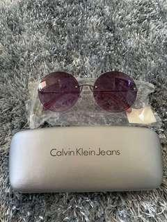 New Calvin Klein women's sunnies