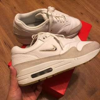 Authentic Nike Air Max 1 Jewel Leather sneakers