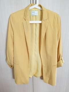 Bershka yellow boyfriend blazer with roll up sleeves #dressforsuccess30