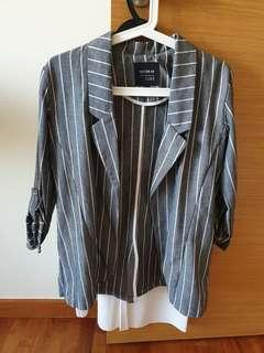 Cotton on striped boyfriend blazer #dressforsuccess30