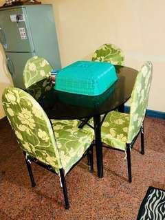 RUSH! Dinning chairs and Table 💚
