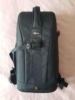 Lowepro Flipside 200 DSLR Camera Backpack Excellent Almost Never Used