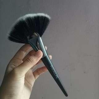 Highlighter Brush Focallure