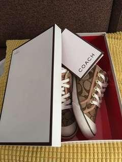 🚚 Coach Shoe Authentic