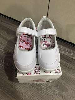 BN Hello Kitty White School Shoes Size 12