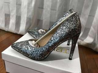 Truffle Black with silver glitters shoes