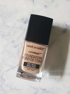🚚 Wet n Wild Photo Focus Foundation in Soft Beige