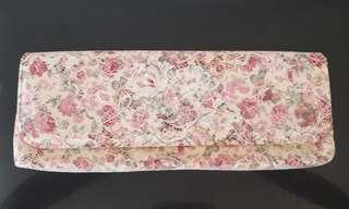Light pink floral lace clutch