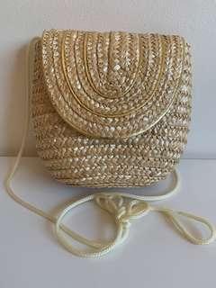 Target Straw bag