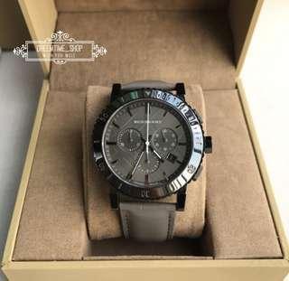 🚚 BU9384 BURBERRY 瑞士原廠機芯 藍寶石鏡面 陶瓷錶圈 棕色皮革錶帶 男 手錶 43mm